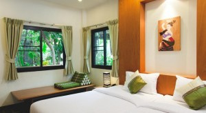 """Các hostel giá """"hạt dẻ"""", view siêu đẹp ở Bangkok"""