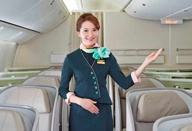 Mua vé máy bay hãng Eva Air tại TPHCM