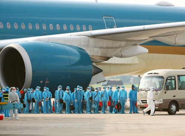 Thông tin vé máy bay từ Canada về Việt Nam mới nhất