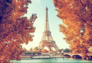 Vé máy bay đi Pháp giá rẻ, cập nhật lịch bay 2021
